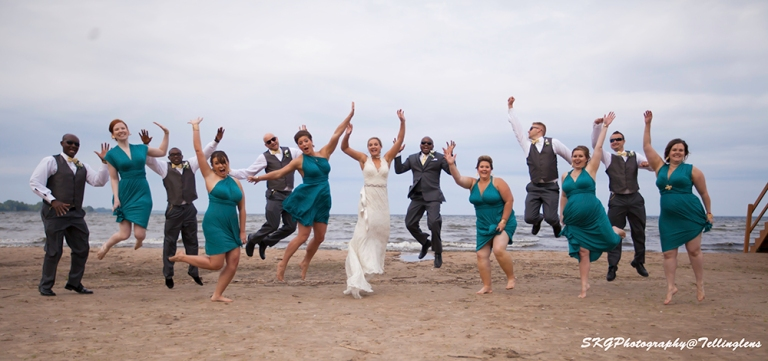 Group Jump_Bride Groom and wedding Party