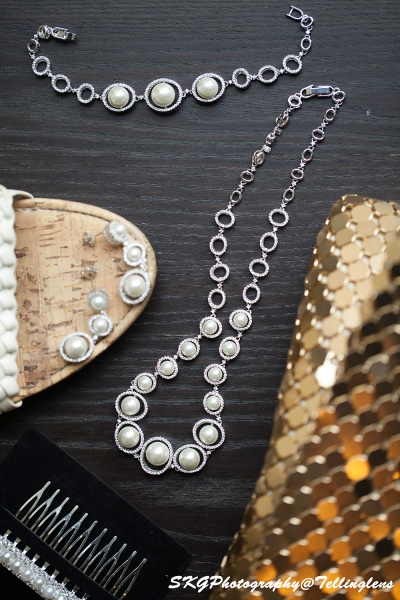 Necklace_Ear Rings_Comb_Purse